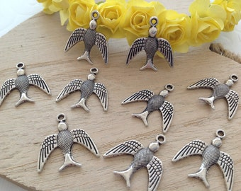Set of 9 birds in 20 X 22 mm antique silver charms