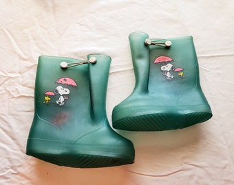 Vintage 1980s Peanuts Snoopy Children's Galoshes Sz 6
