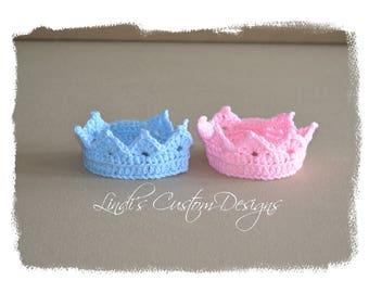 Twins Crochet Newborn Tiaras, Baby Crowns, Hand Crochet Baby Crown Tiaras Blue and Pink, Unique Baby Gift, Baby Shower, Fraternal Twins Gift