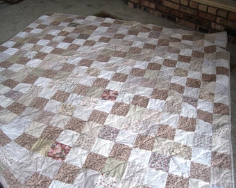 Handmade Custom Quilt. Any Size. Twin, Full, Queen, King Patchwork Quilt. Heirloom Patchwork Quilt.  Wedding Gift. Shabby Romantic Decor