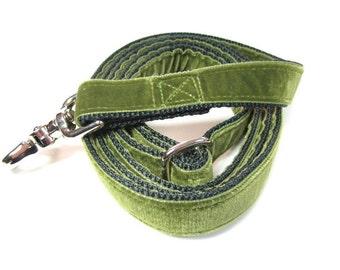 "4' Houndstown Moss Swiss Velvet Leash, Adjustable Handle, Lobster Claw Clasp, 1"" Width"
