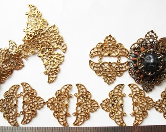 10 pieces Vintage gold tone triad filigree pieces HC048.