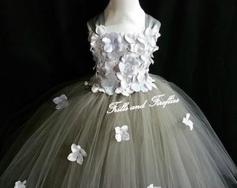 Gray/Grey Flower Girl Dress / Silver Grey Flower girl Dresses / Bridesmaid Dress / Simple Wedding Dress / Princess Dress / Flower Girl Gift