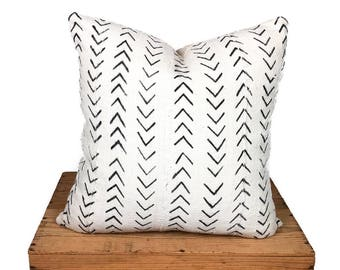 Mudcloth Pillow Cover, African Mud Cloth Pillow, Black and White