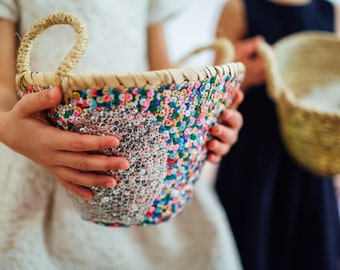 Mini basket with sequins