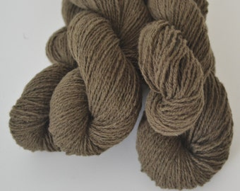 Wool Cashmere Reclaimed Yarn - Dark Olive Green