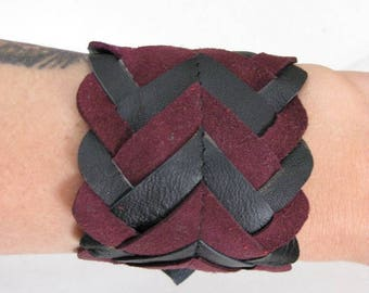 Two-tone Burgundy and black leather bracelet