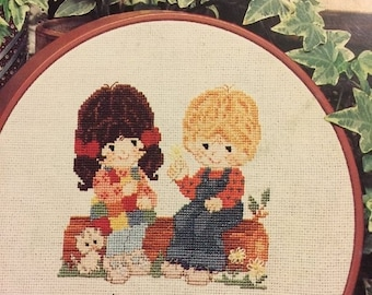 SUMMERSALE Vintage Gentle Treasure counted cross stitch booklet designed by June Grigg Book 22