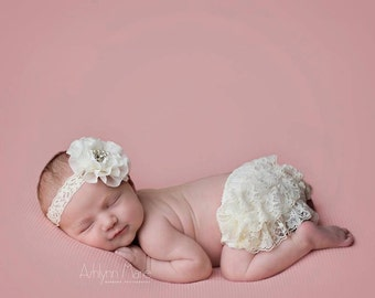 Ivory Bloomer set, bloomers and headband, diaper cover, ruffle diaper cover, newborn photo prop, photography prop,