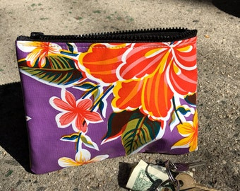 "7"" Zippered Purple Floral Oil Cloth Pouch, Cosmetic Case, Make Up Bag, Coin Bag"