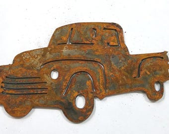 6 inch Old Fashioned Classic Pickup Truck Ford Chevy Metal Rough Rusty Vintage-y Steel Wall Art Ornament Craft DIY Sign