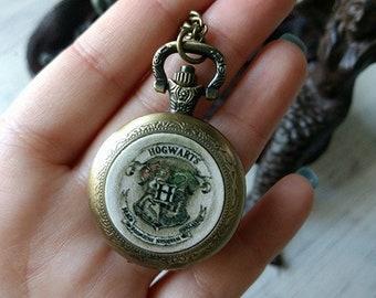Dainty Hogwarts Crest - Harry Potter - Pocket Watch w/ Chain