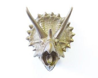 Black Dragon Head Wall Mount Faux Taxidermy Game Of