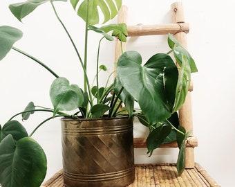 Vintage Large Brass Pot / Large Brass Planter / Vintage Planter / Boho Planter / Mothers Day Gift / Vintage Pot / Hollywood Regency