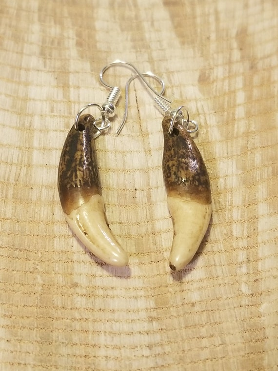 Handmade Real Tibetan Wolf Tooth Silver Earrings Native American Tribal Outdoors Primal Fashion Art Collection (E194)
