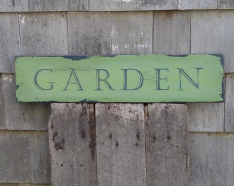 Rustic garden sign on salvaged pine wood hand-painted distressed READY 2 SHIP