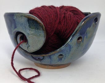 Rustic Knitting Bowl, Ceramic Yarn Bowl, Navy Crochet Bowl, Clay Yarn Organizer, Gifts for Knitters, Pottery Yarn Bowls, Blue Yarn Storage