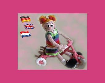 Toddler Pam,Amigurumi doll crochet pattern, crocheted dolls pattern, amigurumi PDF pattern, Instant download
