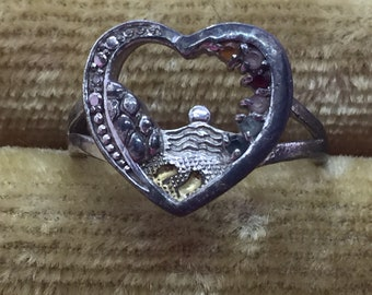 Unique Vintage Ring ~ 925 Silver Open Heart Beach Footprint & Stones ~ CG China ~ US 7