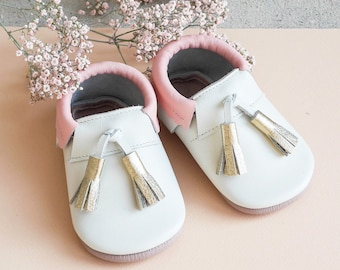 Baby Shoes | Girl Shoes | Leather Shoes | Baby Moccasins |  Crib Shoes | Baby Shower Gift | Christening Shoes | Gold Baby Shoes | Moccs