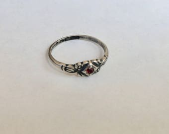 vintage uncas red stone ring, size 3.25