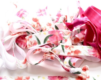 DIY Pink Floral Hair Ties, Create Your Own Favors, Pink Floral Hair Ties, Floral Hair Ties, Pink Hair Elastics, DIY, Custom Favors