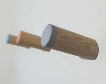 Coloured Oak Wood Floating Coak hook