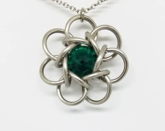 Celtic Rosette 7 Stainless Steel Chainmaille Pendant with Emerald Green Swarovski Rivoli