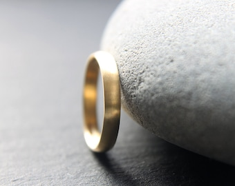 3mm wedding ring in recycled 18ct yellow gold, D-shape profile, brushed finish - made to order