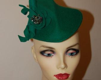 Emerald Green felt 40's Style percher hat by Hats2go