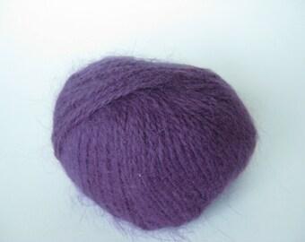 Vintage Violet angora yarn