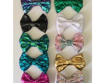 Girls Mermaid Bow Baby Toddler one size classic bows on clip mermaid Iridescent Black leather Gold green purple teal Pink