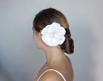 Bridal Hair Flower,Off white Hair Flower, Bridal Hair Piece, Flower Wedding Hair Piece, Bridal Hairpiece, Bridal Hair Accessory