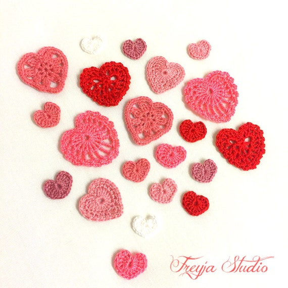 Tiny size crochet lace heart/Crochet applique/Heart patch/Valentine ...