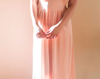 Sweet peachy pink vintage 1970s nightgown.