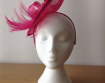 Fuchsia Pink Disc Fascinator with Sinamay leaf on a hairband, races, weddings, special occasions, Kentucky Derby