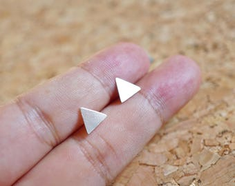 7 mm Small Triangle Earrings Sterling Silver Earring Jewelry Sliver Stud Minimalist Earrings Tiny Triangle Earrings Modern Triangle L-SGM022
