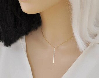 ON SALE Hammered bar necklace / 14 Gold Filled  / Dainty jewelry / Gift for her / Minimalist Necklace / Simple and Elegant / Bridesmaid Gift