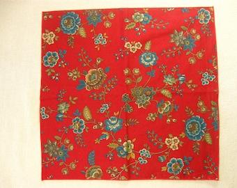 4 Vintage Red Floral Dinner Napkins, 17 x 17 Cloth Napkins, Square