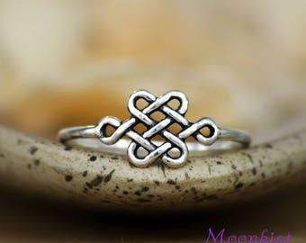Celtic Promise Ring - Sterling Silver Delicate Celtic Ring - Small Infinity Knot Ring - Dainty Ring - Pinky Ring- Simple Ring- Stacking Ring