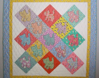 VINTAGE KITTIES Applique Quilt from Quilts by Elena 1930s Reproduction Fabrics