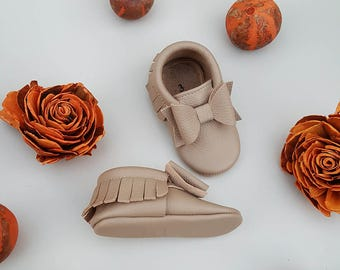 Perfect Bow Moccasin in Camel ,  Leather Baby Moccasins, Gold Leather Baby Bow Moccasins, Baby Girl Moccasins, Toddler Moccasins.