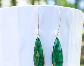 Emerald Bridal Earrings- Natural Emerald Earrings- Emerald Earrings for Women- Dainty Emerald- Simple Bridesmaid Earrings - May Birthstone