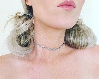 Silver Chain Choker. Simple Silver Choker. Gold Boho Choker. Silver Tattoo Choker. Gold Layer Necklace. Silver Fishbone Chain Choker.