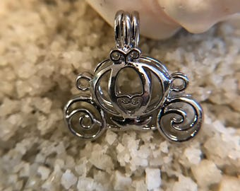 Carriage Cage Pendant