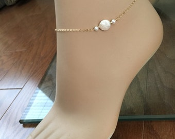Freshwater Pearl Anklet / Coin Pearl / 14k Gold Fill / Bridesmaid Anklets / Beach Wedding Anklet / Best Friend Anklet