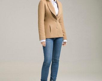 Spring jacket / slim fit camel jacket