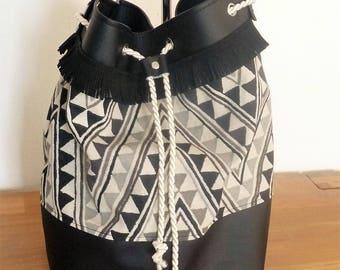 black leather and fabric purse/bucket shaped bag ecru/grey/black geometric triangles