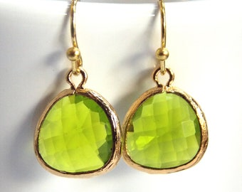 Green Earrings, Green Apple Earrings, Gold Earrings, Apple Green Gold, Bridesmaid Earrings, Bridal Earrings Jewelry, Bridesmaid Gifts
