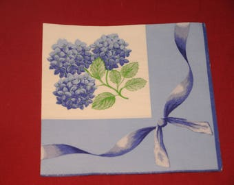 "paper flowers ""hydrangeas"" theme towel"